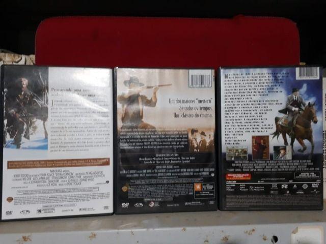 3 DVDs com filmes Clássicos - Foto 2