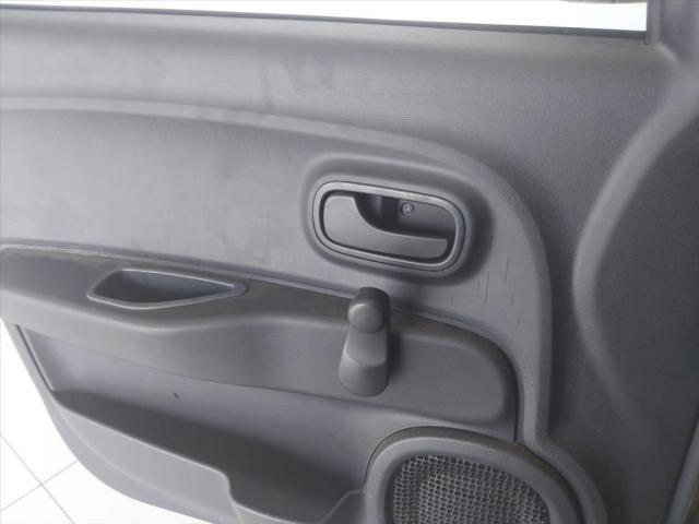 FIAT MOBI 1.0 8V EVO FLEX EASY MANUAL - Foto 10