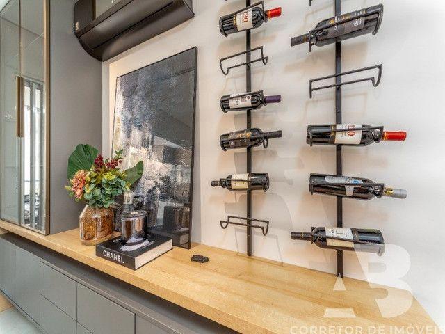 Apartamento mobiliado, equipado e decorado, 03 suítes, sacada com espaço gourmet, 02 vagas - Foto 17