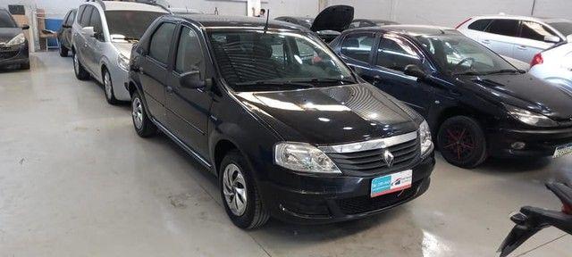 Renault Logan Authentique Hi-flex 1.0 4p 2012