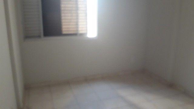 Apartamento para venda possui 100 metros quadrados com 2 quartos em Araés - Cuiabá - Mato  - Foto 4