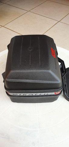 Baú para moto GIVI 27 litros  - Foto 5