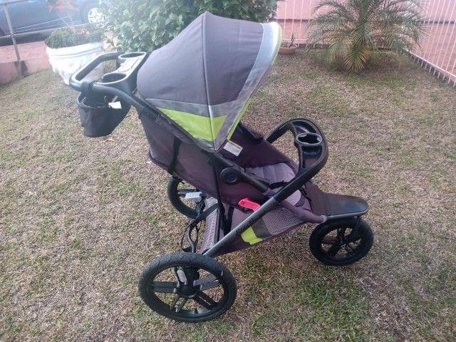 Lindo e útil carrinho infantil Eddie Bauer. Corrida, caminhada, trilha, praia. - Foto 2