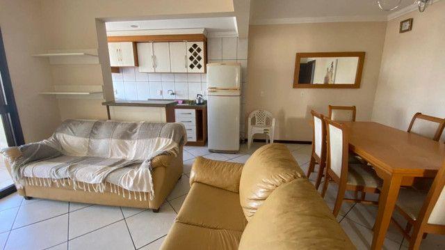 Apartamento no centro de Torres de dois dormitório com ótimo preço  - Foto 3