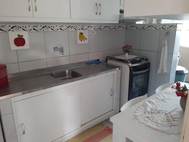 Lindo apartamento nos Bultrins com mobília 135 mil. - Foto 11