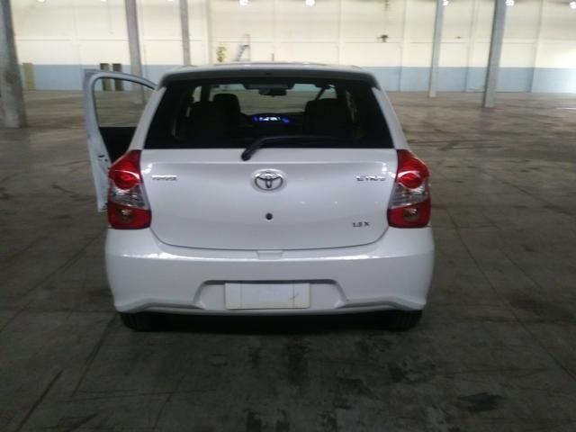 Toyota Etios 1.3 X ano 2018 - Foto 3