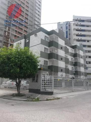 Apto no Edf. Topazio à venda em Boa Viagem, Recife.