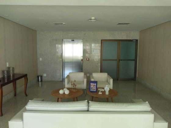 Vendo otimo apartamento com bela vista andar alto sombra 2 vagas cobertas petropolis - Foto 18