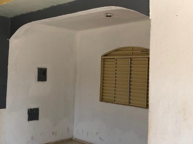 Noble Vende -Gama casa com 03 quartos lote de esquina vazado aceita apartamento na troca - Foto 4