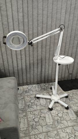 Lupa Articulada e Luminária de LED com Tripé e Bandeja - Estek - Foto 2