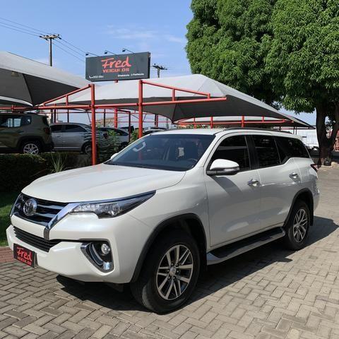 Toyota SW4 2017 7 lugares diesel - Foto 2