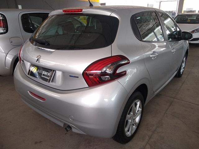PEUGEOT 208 1.2 ACTIVE 12V FLEX 4P MANUAL - Foto 4