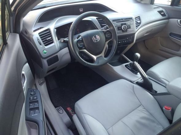 Honda Civic Sedan LXS 1.8/1.8 Flex 16V Mec. 4p - Foto 3
