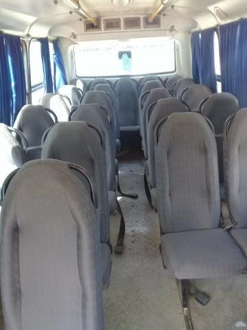 Microonibus MB 710 Comil 2002 - Foto 8