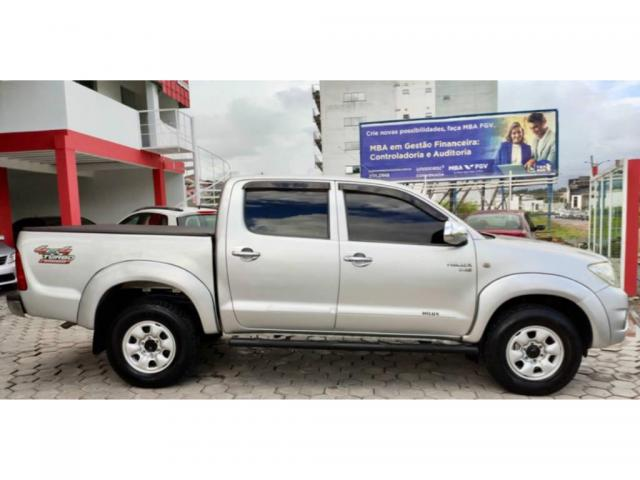 Toyota Hilux 2.5 CABINE DUPLA 4X4 2010  - Foto 4