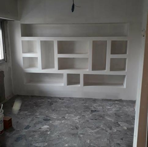 Rebaixamento de teto - divisórias - elétrica - pintura - forro mineral - piso laminado - Foto 6