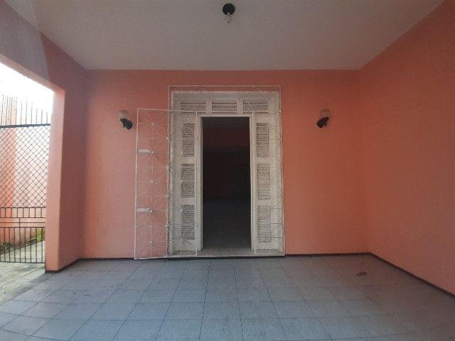 Centro - Casa Plana 308,00m² com 3 quartos e 2 vagas - Foto 4