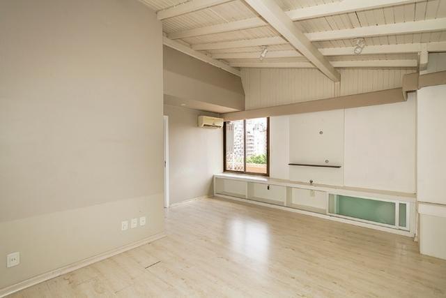 Cobertura, 4 dormitórios (2 suítes) ,garagem p/3carros Bairro Petrópolis - Foto 8