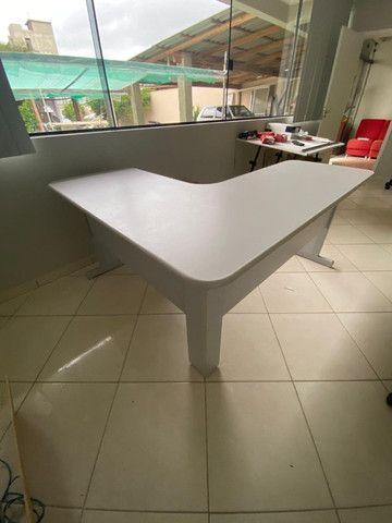 Mesa para escritório branca - Foto 2