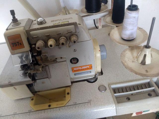 Máquina de custura siruba industrial