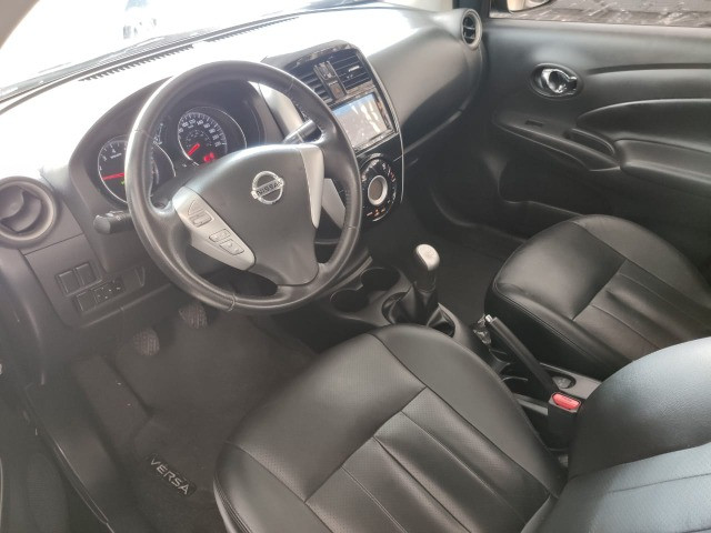 Nissan Versa 1.6 SL Manual 2019 - Foto 4