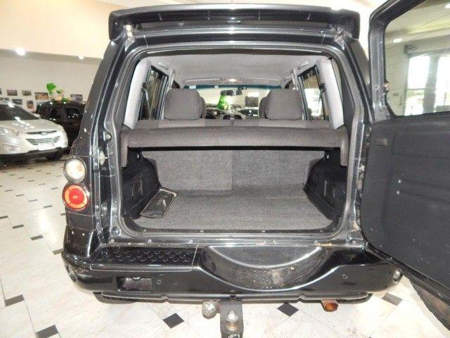 Mitsubishi Pajero TR4 2.0 4x4 140cv Flex 4p Automática Top De Linha Pneus Novos Baixa KM  - Foto 18