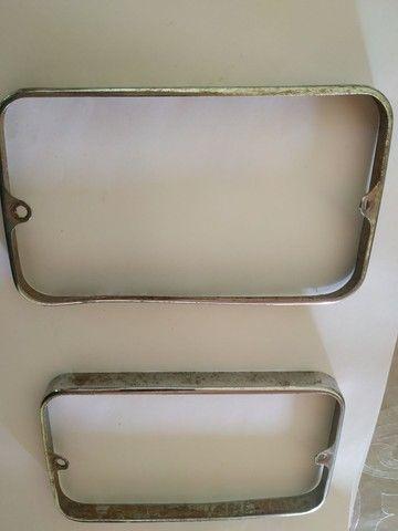 Moldura lanterna traseira Ford Belina I Original - Foto 3
