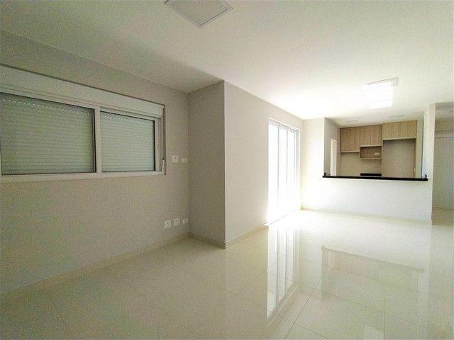 Locação   Apartamento com 81.26m², 2 dormitório(s), 2 vaga(s). Zona 01, Maringá - Foto 7