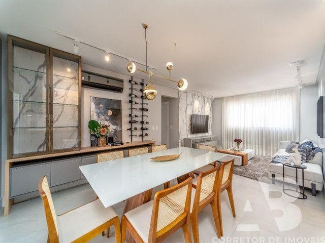 Apartamento mobiliado, equipado e decorado, 03 suítes, sacada com espaço gourmet, 02 vagas - Foto 8