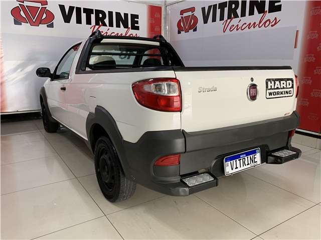 Fiat Strada 2018 1.4 mpi hard working cs 8v flex 2p manual - Foto 5