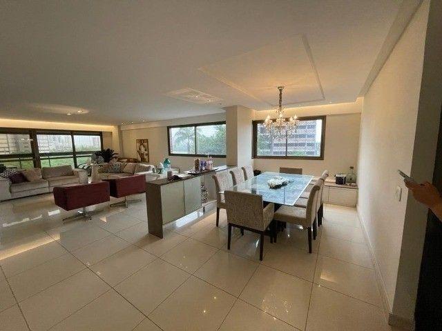 Apartamento dos sonhos em Boa Viagem, lindo, amplo, super amplo e bem localizado.  - Foto 2