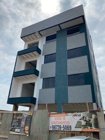 Vende se apartamentos em fase final de acabamentos