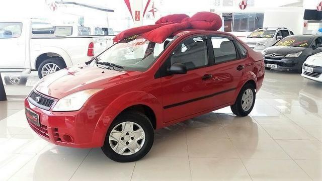 Ford Fiesta Sedan 1.0 , impecavel ! Com direção hidraulica ! Revisado , Baixa km
