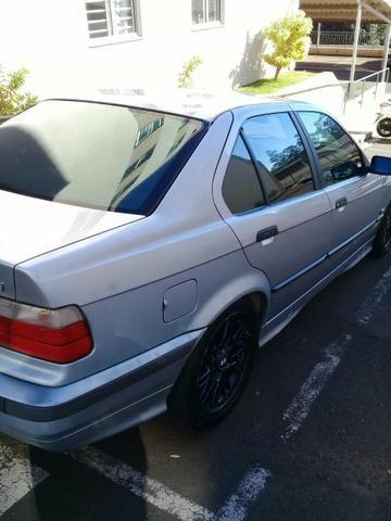 BMW 325 IA Regino - Foto 9