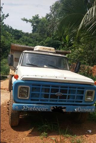 Vendo Caçamba Ford