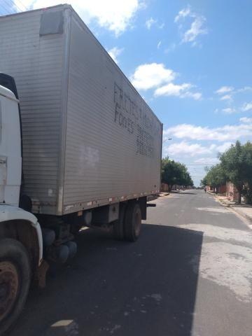 Caminhão de frete - Foto 2