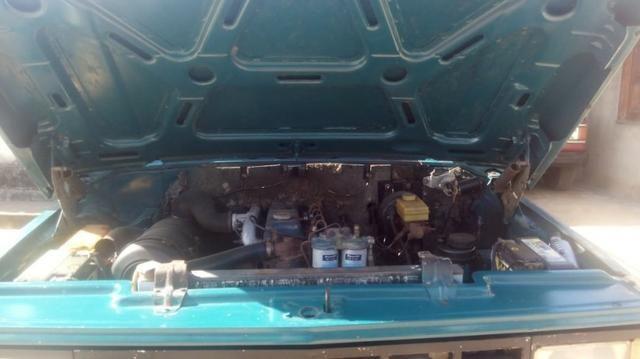 Chevrolet D-20 Custom com carroceria de madeira - Foto 11
