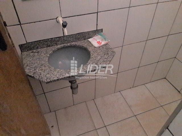 Casa para alugar com 3 dormitórios em Santa mônica, Uberlândia cod:862190 - Foto 11