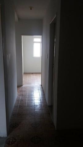 Alugo apartamento 3 quartos - Foto 11