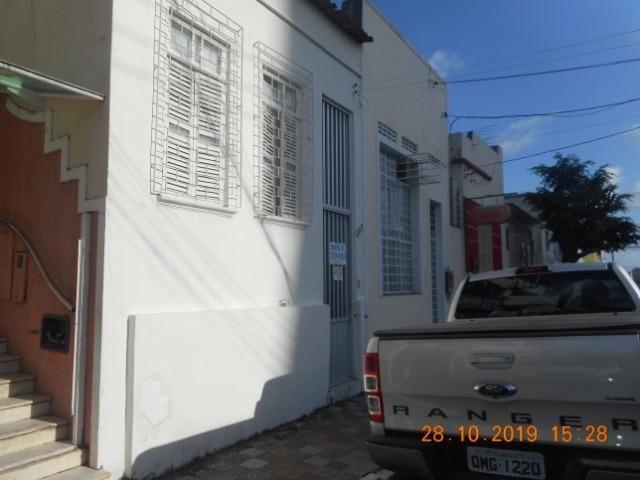 Casa na rua santa luzia 317 bairro centro - Foto 2