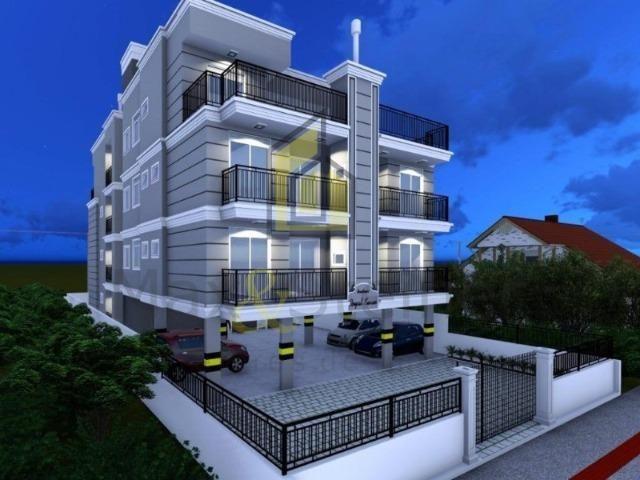 Ingleses& A 1km da Praia, Condomínio com Elevador, Apartamento de 02 Dorm (01 Suíte)