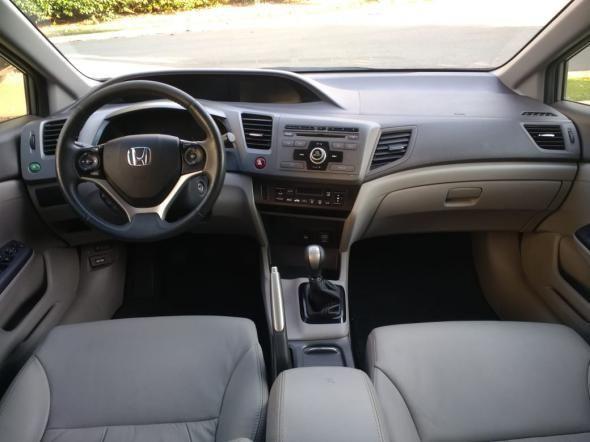 Honda Civic Sedan LXS 1.8/1.8 Flex 16V Mec. 4p - Foto 4