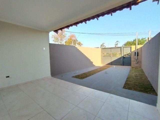 Linda Casa Pronta Pra Morar!! Bairro: Vivendas do Park/ Maria AP Pedrossian - Foto 12