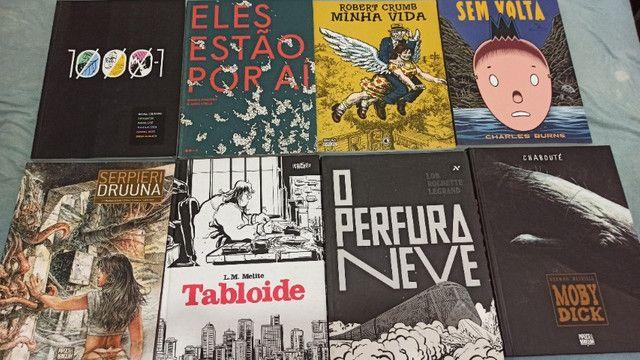 Quadrinhos e livros diversos