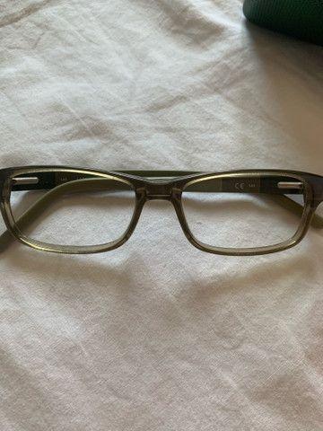 Óculos Lacoste esverdeado