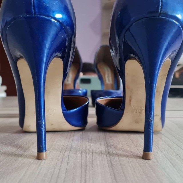 Scarpin azul Carmen Steffens - Foto 3