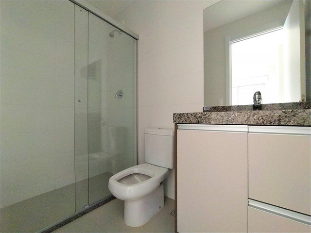 Locação   Apartamento com 81.26m², 2 dormitório(s), 2 vaga(s). Zona 01, Maringá - Foto 16