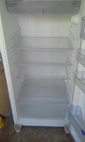 Só vendo, geladeira consul em ótimo estado (leia a descrição )