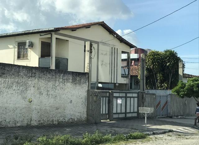 Léo tem Casa 3/4 no bairro Ponto Central