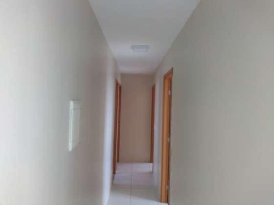 Vendo otimo apartamento com bela vista andar alto sombra 2 vagas cobertas petropolis - Foto 6